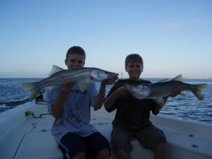 Drag-On Charters, Fishing Charter out of Sarasota Florida. Inshore and offshore big game fishing.